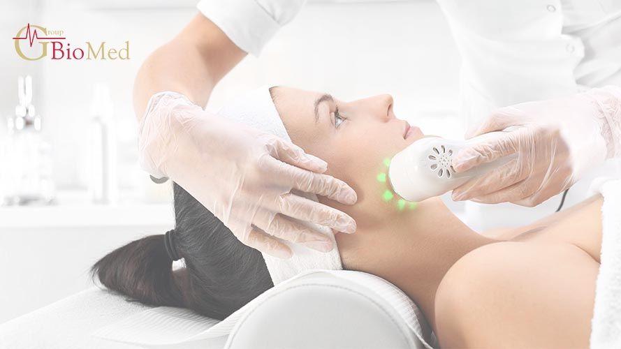 riduzione del grasso della cavitazione ad ultrasuoni prima e dopo